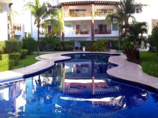 Quadra Alea Luxury Downtown Penthouse  Eek 302, Playa del Carmen