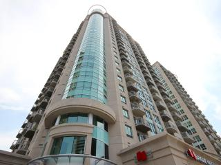 Luxury 2-Bedroom Downtown Condo, Ottawa