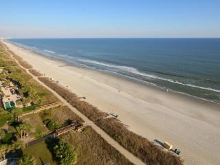 Direct Oceanfront Family Resort! Amazing views!!!!, Myrtle Beach