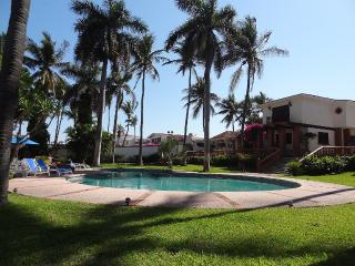 Beachfront Villa Don Tomas, Mazatlan
