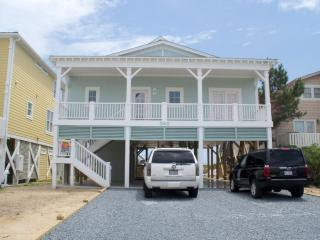 Latitudes - Beautiful 5 bedroom/5 full bath Oceanfront Home ~ RA72914, Holden Beach