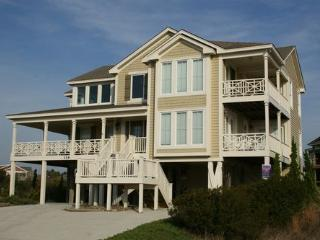 Stone's Throw ~ RA72989, Holden Beach