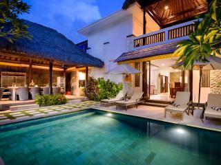 Coconuts Villa Balangan Beach Bali