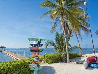 Faroway, Grand Cayman