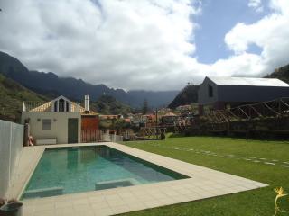A Casa Estrelícia-Dourada Garcês, Sao Vicente