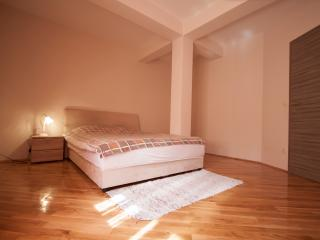 Nice & Cozy 1-bedroom apartment in Budva