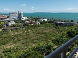 Jomtien beach Condominium (Rimhad Jomtien Condo), beautiful studio