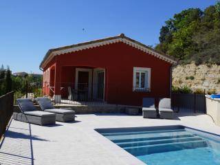 Villa CHATUS/ GAMAY avec piscine privée