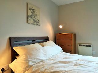 15 mins from Notting Hill 20 to Oxford Street Concierge Apartment