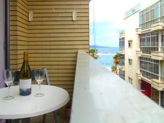 20 meters from Canteras Beach, with balcony, Las Palmas de Gran Canaria