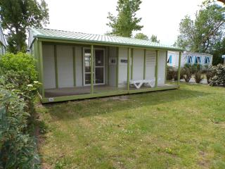 Holiday Chalet on 4 star Campsite l'Atlantique, Angles