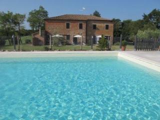5 bedroom Apartment in Castiglione Del Lago, Umbria, Italy : ref 2372918, Castiglione del Lago