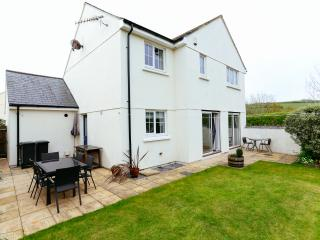Glebe House - Beautiful, Contemporary, Family Holiday Home Nr Bigbury on Sea