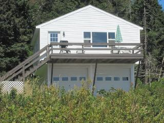 BURNT COVE LOFT - Stonington
