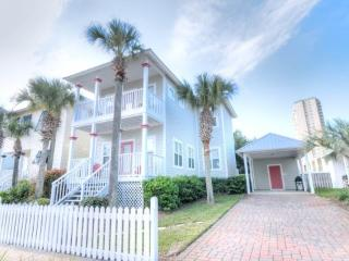 Miramar Beach Vacation Home ~ Beach Access ~ Community Pool!