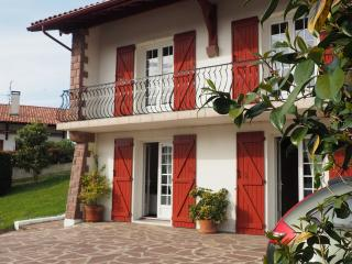 T3 CIBOURE, CALME, TERRACE, PARKING, WIFI, St-Jean-de-Luz
