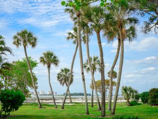 Gulf Beach, Pool  And Walk To Siesta Key Village, Sarasota