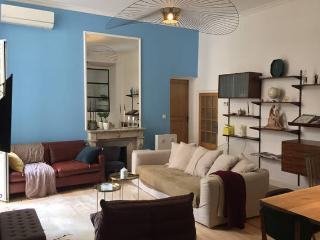 New beautiful 3 bedrooms old town, Nice