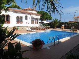 Family Villa with Large pool