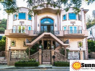 #61 Sunny Bev Hills Villa W/ Pool, Beverly Hills