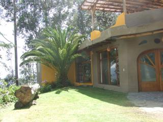Casa Kiliku - Suit La Palma special discounts for long stays!, Quito
