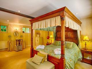 Chestnut Suite, Aylmerton
