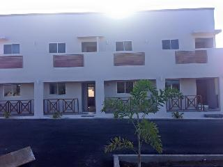 Modern 2 bedroom apartment with pool, Willemstad