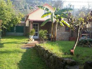 casita en aldea, Ponteareas