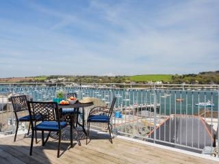Sailor's Penthouse Falmouth has amazing sea views