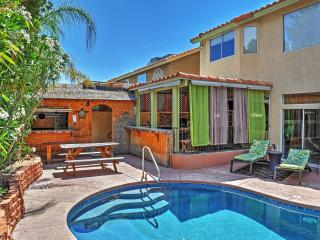 4th of July Special Discounted Rate! Radiant 5BR Las Vegas Home w/Wifi, Custom Private Pool, Spa, Very Tropical Backyard & Great Views - Near Golf, Lone Mountains, Many Restaurants, the Strip & Much More!