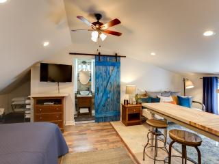 Barndoor Chic Fully Funished Studio- Mandeville