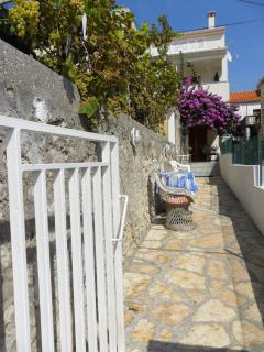 apartment.in a quiet position,across the sea with see wiew