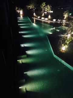 wrap around infiniti pool by night