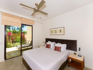 5 Star Resort Private Apartment, Palm Cove