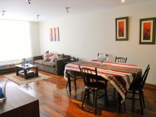 Luminous apartment in charming area San Antonio, Lima