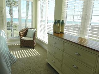 Sea Retreat is on the beach, Fernandina Beach