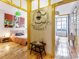 Espacious, Sunny and Funky apartment, Lisbon
