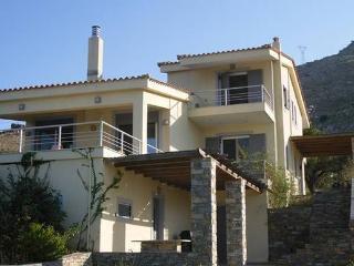 Modern Villa in Aetos, Karystos