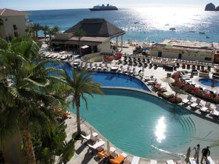 2 Bedroom Suite in Cabo San Lucas (Medano Beach)