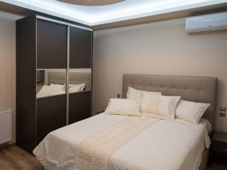 Luxury Living Apartments - Sauna & Jacuzzi apart., Thessalonique