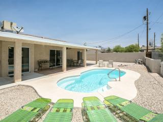 Spacious 3bed/3bath home w/ Heated Pool, Ville de Lake Havasu