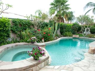 Great pool home near golf, casinos, entertainment, Indio
