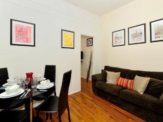 Times Square 2BR/1BA in Midtown. Ideal for 5 - NYC, New York City