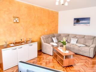 FAMILY APARTMENT IN THE CITY CENTER