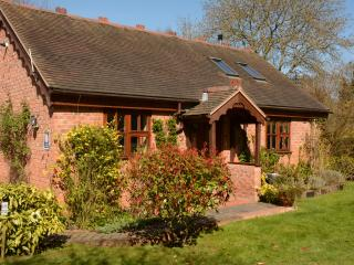 Lovely Location, 10 Minute Walk, Free Wifi+Parking, Shrewsbury