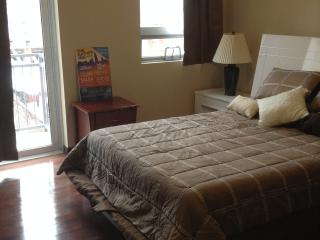 Elegant 5Fl 3BR/2BA with Balcony near Conv. Center, Philadelphie