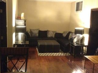 Elegant 5Fl 3BR/2BA Center City Condo with Balcony near PA Convention Center, Filadélfia