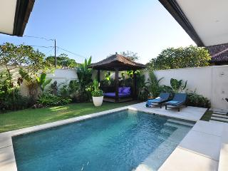 ROMANTIC SUPER LUXE 1BR |PRIVATE POOL VILLA |SANUR, Sanur