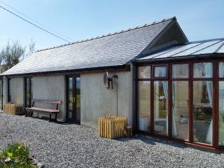 TWO BED CHALET, NEAR BEACH, QUIET RURAL SETTING, Stornoway