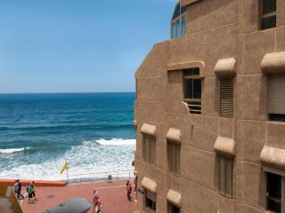 City Beach Apartment Canteras Cícer 2